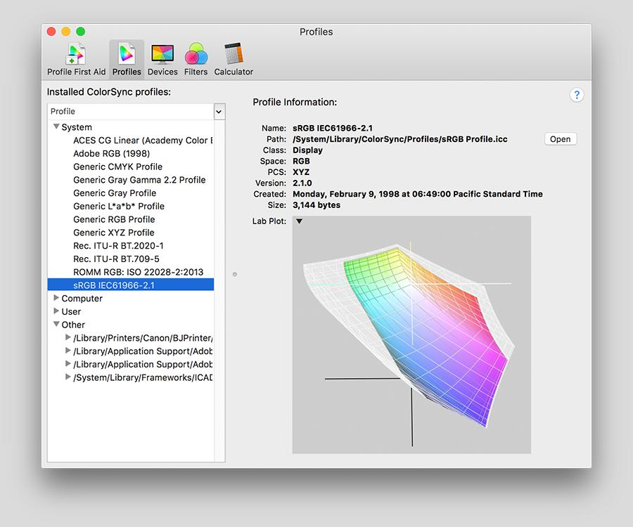 Screenshot of the ColorSync Utility application showing 3D LAB plots.